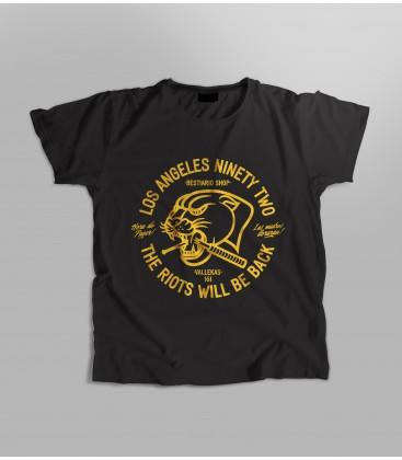 Camiseta Mujer Menace to society - WE RESIST