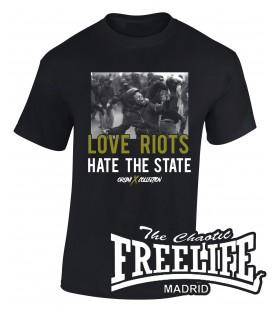 Camiseta Love Riots - FREELIFE